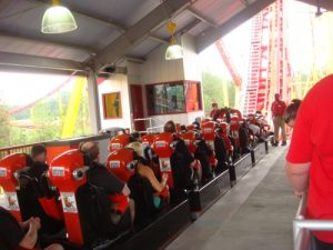 Intimidator 305 Station & Lift
