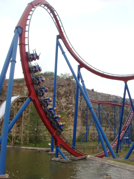 Krypton Coaster - Six Flags Fiesta Texas - Cobra Roll