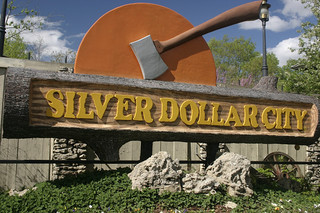 Silver Dollar City's Building a 2013 Roller Coaster