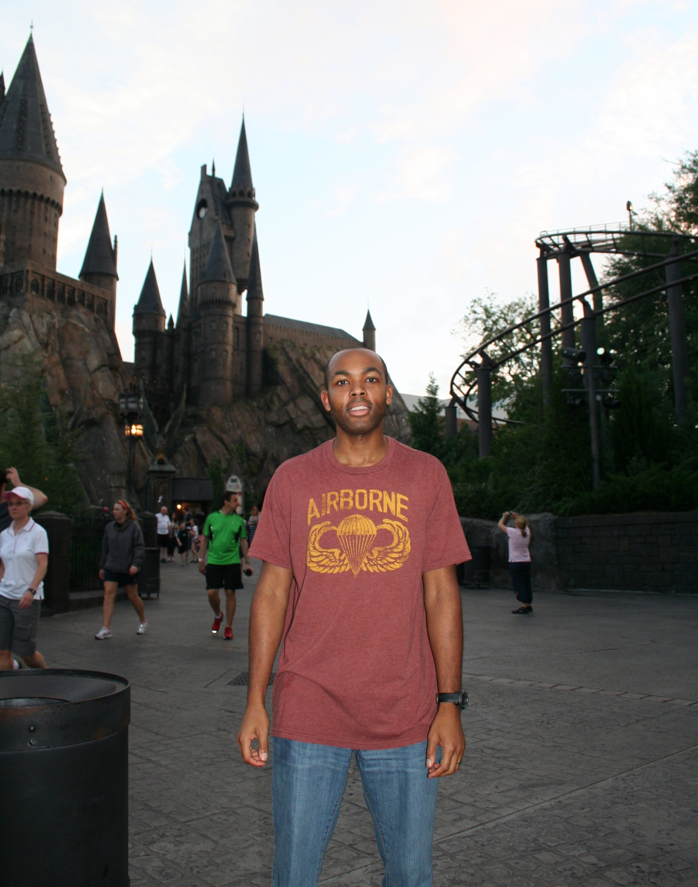 Hogwarts & Flight of the Hippogriff - Wizarding World of Harry Potter