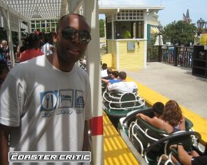 Whizzer - Six Flags Great America - Station
