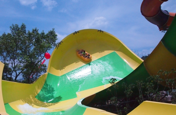 Surfers Swell Water Slide Coming to Carowinds in 2014