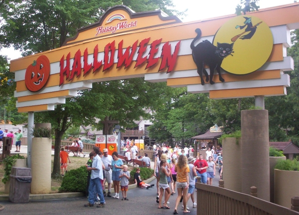 Cleanest Amusement Parks - Holiday World - Halloween Area