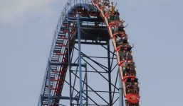 Superman-Six-Flags-New-England-Superman-The-Ride-Roller-Coaster-1