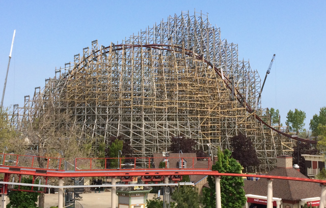 Mean Streak Roller Coaster Construction 1 - 2018